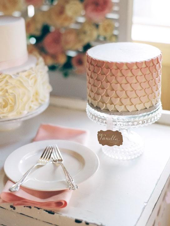 torta con i cuoricini