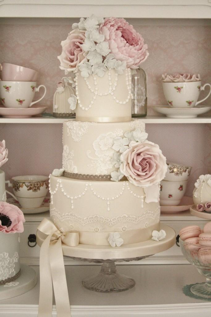 wedding-cake-ideas-16-06202014nz-683x1024