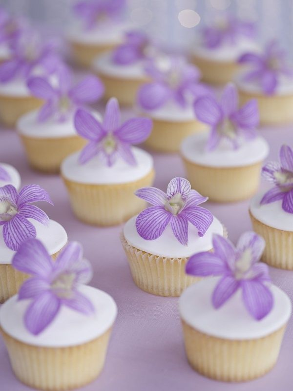 Piccoli Elfi | 15 Most beautiful cupcakes for girl baptism