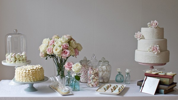 dessert table  cover