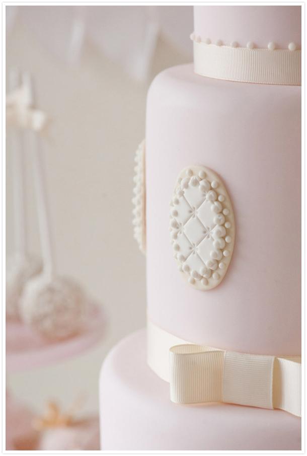dettaglio torta rosa