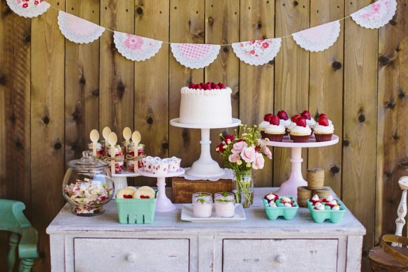 Dessert table legno